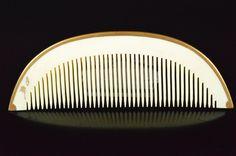 """Ivory comb """"Kushi""""  /   hair comb / kanzashi / hair accessory / geisha / kimono by JapaVintage on Etsy"""