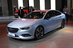 2017 Yeni Kasa Opel İnsignia'yı merak ediyormusunuz? Fiyatı ve özellikleri yazımızda...