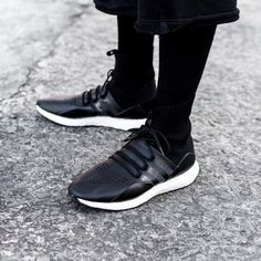 rhubarbes  Y-3 ( adidasy3) on Instagram More sneakers here. 4a3121be29e2e
