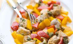 Peito de peru salteado. Para o jantar ou o almoço, esta receita de peru é uma alternativa muito saborosa.