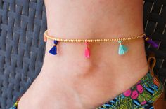 One of my favorite designs for 2014 ! This anklet features: Lot - Anklet - Ideas of Anklet - One of my favorite designs for 2014 ! This anklet features: Lots of seed beads in Gold Color. 7 Handmade Tassels in Mint Pink Womens Ankle Bracelets, Pink Bracelets, Ankle Chain, Beaded Anklets, Beaded Bracelet Patterns, Bijoux Diy, Fabric Jewelry, Toe Rings, Handcrafted Jewelry