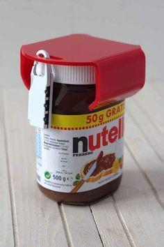Ein Nutella-Glas-Schloss.