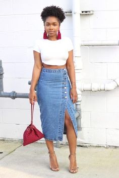 Casual Stylish Business Outfit for the Ladies can find Business and more on our website.Casual Stylish Business Outfit for the Ladies Denim Skirt Outfit Summer, Jean Skirt Outfits, Pencil Skirt Outfits, Casual Skirt Outfits, Chic Outfits, Fashion Outfits, Jean Skirts, Denim Skirts, Denim Skirt Midi