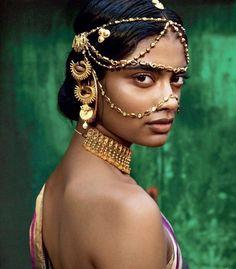 . Look Fashion, Indian Fashion, Ankara Fashion, Africa Fashion, Moda Tribal, Estilo Tribal, Indian Models, Poses, India Beauty