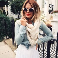 it's high time to spice up your summer looks with these Best Short Hairstyles For Long Faces while balancing out the length of your face! Caroline Receveur Hair, Costume Noir, Langer Bob, Hot Hair Colors, Long Face Hairstyles, Dream Hair, Ginger Hair, Hair Today, Gorgeous Hair