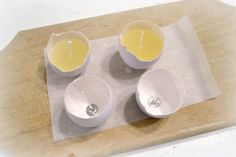 Learn how to make scented eggshell candles - recycle real eggshells and turn them into beautiful candles, using soy flakes and your favorite essential oils - Dreams Factory