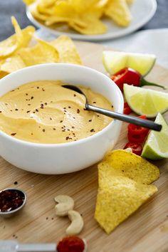 Vegan Nachos, Guacamole, Hummus, Food To Make, Ethnic Recipes