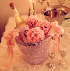 He put the ring on it- diamond- event-party- wedding party-organization- details- proposal- nisan- soz- dugun- parti- davet- organizasyonu-by ece collection- kiz isteme-engagement -floral-flowers- cicekler