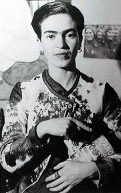 Frida Kahlo y el Cinzano