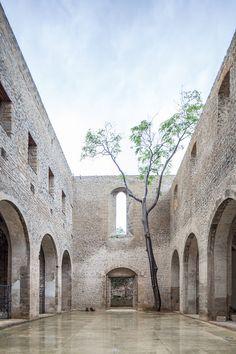 7 Gorgeous Modern Homes Hidden Inside Stone Ruins