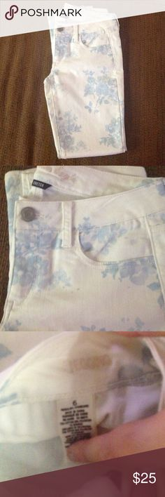 American eagle jeans New without tag. Make any offer! American Eagle Outfitters Jeans Skinny
