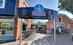 De brandweer van Borger werd zaterdagavond opgeroepen voor een brandmelding bij fietshandel Egbert Egberts in Borger. Omdat de locatie ook een verkoop en uitgiftepunt van vuurwerk is werden er meerdere blusvoertuigen ingezet.  Lees verder op onze website.