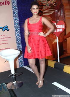 Parineeti Chopra In Short Frock at Bollywood Beauties In Hot Short Frocks picture gallery picture # 27 : glamsham.com