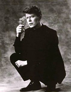 Image uploaded by janine. Find images and videos about david bowie on We Heart It - the app to get lost in what you love. David Bowie Born, We Heart It, The Thin White Duke, Pretty Star, Major Tom, Ziggy Stardust, David Jones, Rock N Roll, The Man