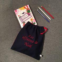 28b20ab6c86e Pochette à cadeaux indispensable pour Noël.  pochettefourretout   pochettepersonnalisable  noel  christmas  broderie  madeinfrance  handmade   melocotone ...
