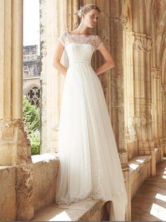 #Vestido de #novia con corte imperio, de encaje y escote de barco. Modelo MAR. chantu.es