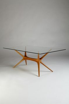Occasional table, designed by Tapio Wirkkala for Asko, Finland. Designed by Tapio Wirkkala for Asko, Finland. Elm frame with glass top. Table Furniture, Vintage Furniture, Modern Furniture, Home Furniture, Furniture Design, Verre Design, Table Design, Glass Dining Table, Mid Century Furniture