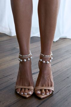 Sexy bridal heels, white sneakers and an exquisite range of anklets - Grace Loves Lace has the perfect bridal shoes for your special day and beyond. Grace Loves Lace, Mode Shoes, Shoes Heels, High Heels, Lace Heels, Tap Shoes, Bridal Shoes, Wedding Shoes, Lace Wedding