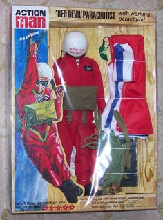 ACTION MAN 40th Carded RED DEVIL PARACHUTE OUTFIT 2008 Hasbro. Original Palitoy set was first all British set following on GI Joe items. 70s Toys, Retro Toys, Vintage Toys, Gi Joe, 1980s Childhood, Childhood Memories, Action Toys, Action Figures, Sweet Memories