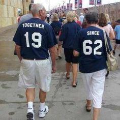 Gift ideas for Mum & Dad's 40th Wedding Anniversary