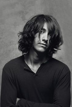 He reminds me of Brandon Boyd here...