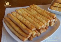 ReteteAngela: Saratele cu aluat facut in casa The Effective Pictures We Offer You About Macedonian f Low Carb Recipes, Snack Recipes, Cooking Recipes, Slovak Recipes, Macedonian Food, Apple Pie Bites, Oven Roasted Turkey, Good Food, Yummy Food