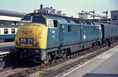 Railway Herald :: Imaging Centre :: 833 at Exeter St Davids Electric Locomotive, Diesel Locomotive, South Devon, Electric Train, British Rail, Old Trains, Train Pictures, Train Engines, Great Western