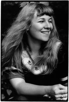 Sandy Denny (1947-1978) - English singer and songwriter, perhaps best known as the lead singer for the folk rock band Fairport Convention. Photo by Keith Morris, 1972