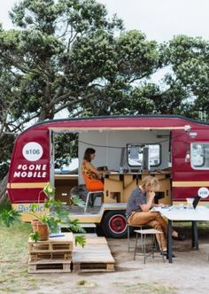 New Zealand architectural firm Studio106 has recently converted a retro caravan into a mobile office space
