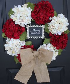 Red and White Christmas Wreath, With burlap bow would be cute even without the sign on it DIY
