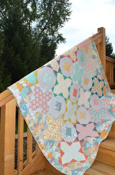 Gossamer quilt, pattern by Sharon McConnell
