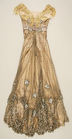 Evening dress (image 2 - back)   Jacques Doucet   French   1907-1908   silk   Metropolitan Museum of Art   Accession Number: 49.3.20