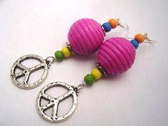 Ohrhänger - Ohrschmuck ♥ PEACE ♥ HOLZ ♥ PINK ♥ - ein Designerstück von moschita bei DaWanda