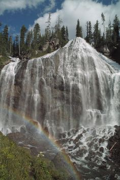 Union Falls is a waterfall on Mountain Ash Creek, a tributary of the Fall River in the Cascade Corner (southwest) of Yellowstone National Park, Wyoming