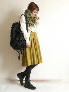 イエローのスカート✨ 冬こそ鮮やかカラーが映えますよね インスタ→terawear ブログ→
