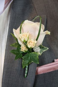 Flower Design Buttonhole & Corsage Blog: Groom's Blush Pink Boutonniere