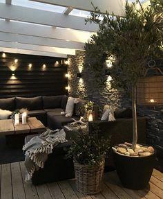 73 Modern Home Decor Ideas That Inspire You Must See housedecor homedecor homedecorideas # Backyard Patio Designs, Modern Backyard, Backyard Landscaping, Modern Balcony, Outdoor Spaces, Outdoor Living, Outdoor Decor, Ideas Terraza, Balkon Design