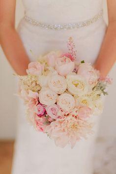 Shades of light pink #wedding #bouquet ~ Photography: Jen Wojcik Photography // Floral Design: Isari Flower Studio | bellethemagazine.comhttp://www.bellethemagazine.com/2013/12/12-stunning-wedding-bouquets-part-24.html