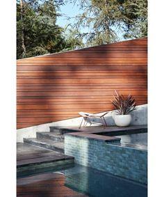 Outdoor design-Home and Garden Design Outdoor Living Rooms, Outdoor Spaces, Outdoor Decor, Modern Garden Design, Landscape Design, Porches, Back Patio, Mid Century House, Inspired Homes