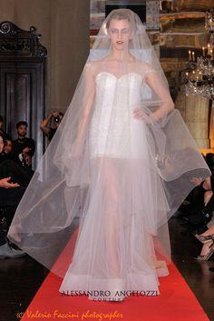 #Mannequin #AltaRoma #TrunkShow #AlessandroAngelozziCouture #WeddingDress #weddingTrunkShow #weddingcollection2015