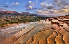 Badab-e Surt - Striking Terraced Hot Springs in Iran Strange Places, Mysterious Places, World Most Beautiful Place, Beautiful Places, Amazing Places, Agua Mineral, Denpasar, Spring Nature, Tourist Places