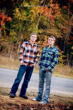 Jenny McNeill Seniors #fall #twins More