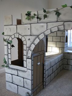 Castle Painting so cool: Cardboard Box Crafts, Cardboard Castle, Cardboard Playhouse, Paper Crafts, Medieval Party, Medieval Castle, Castle Party, Castle Painting, Château Fort