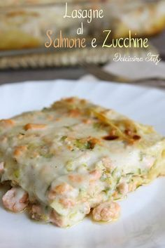 Lasagne with Salmon and Zucchini Fish Recipes, Meat Recipes, Seafood Recipes, Pasta Recipes, Cooking Recipes, I Love Food, Good Food, Yummy Food, Pasta Casera