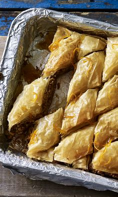 A little orange zest and a LOT of walnuts and honey make the Hairy Bikers' baklava from Route 66 into an amazing partner to damn good coffee. Cooking Time, Cooking Recipes, Hairy Bikers, Cooking Challenge, Baking Tins, Orange Zest, Pastry Cake, How Sweet Eats, Sugar And Spice