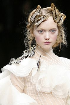 Gemma Ward - Alexander McQueen Fall/Winter 2006