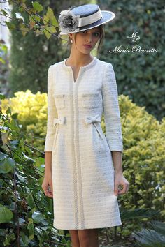 Swans Style is the top online fashion store for women. Shop sexy club dresses, jeans, shoes, bodysuits, skirts and more. Chanel Fashion, Vogue Fashion, Chanel Style, Elegantes Outfit, Tweed Dress, Mode Outfits, Winter Dresses, Dress Patterns, Beautiful Dresses