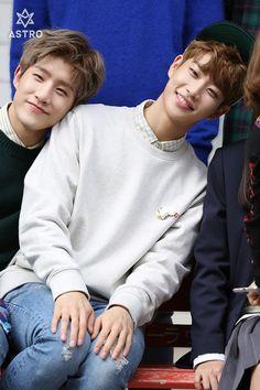[23.02.17] 1st Debut Anniversary Behind The Scenes ② - JinJin e MyungJun