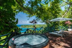 Start ur new week in a  Paradise in Jamaica! Soak in jacuzzi & enjoy breathtaking views at Geejamhotel!