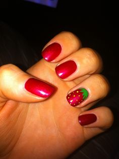 shellac nails | strawberry and shellac :-)